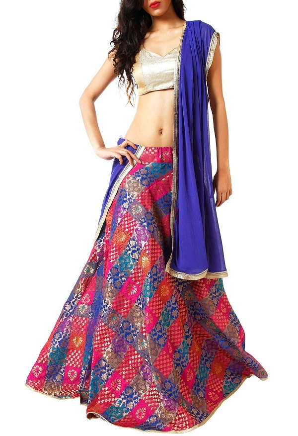 brocade lehenga set with checkered pattern
