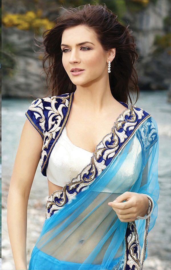 Perfect Indian Women In Saree Without Blouse Images