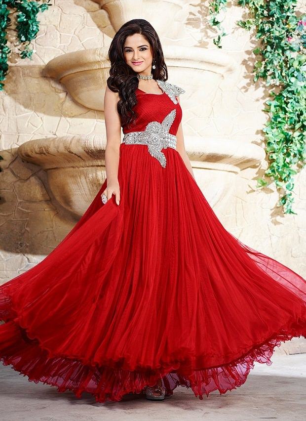 Wedding dress styles for petite pictures