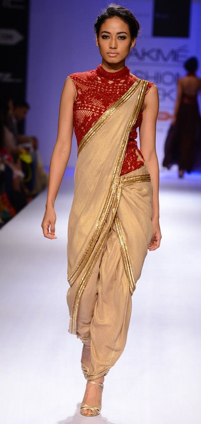 11 Casual Ways To Drape A Saree Looksgud In