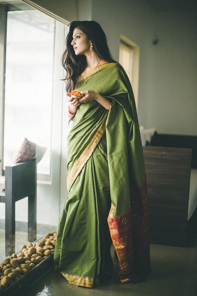 11 casual ways to drape a saree for Window palla design