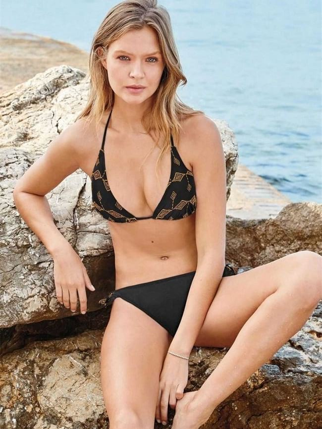 Black Embroidered Soft Triangle Bra and panty Set